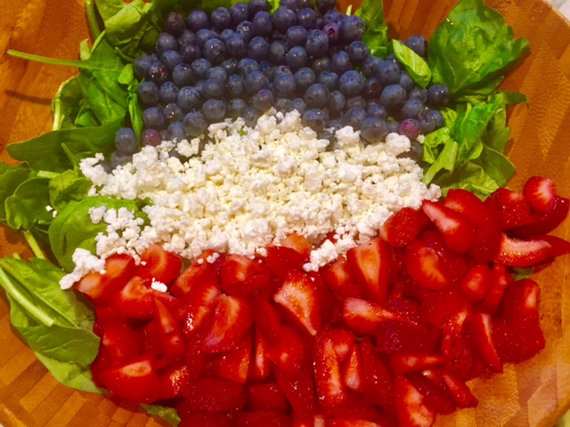 4th of July Berry Spinach Salad