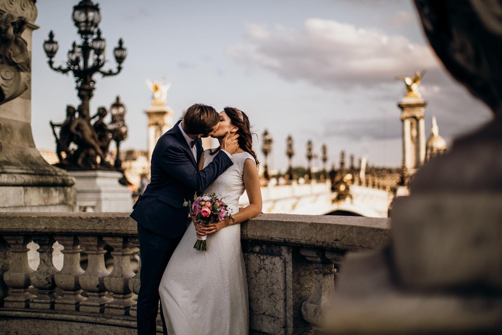 Paris Wed
