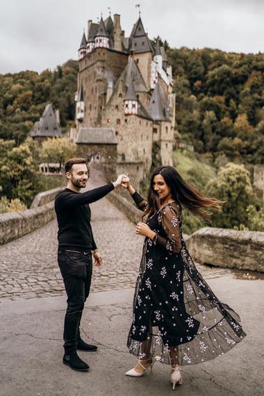 Romantische Fotoshooting am Burg Eltz