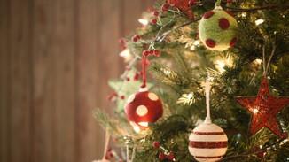 CURIOSIDADES DO NATAL - Cada enfeite, um significado pendurado na árvore
