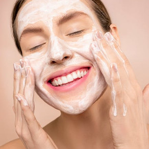 This Is How to Wash Your Face Correctly