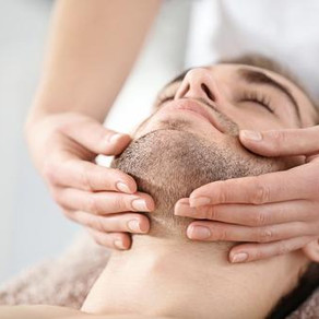 Facials for Men: 7 Reasons All Men Should Get a Facial This Year