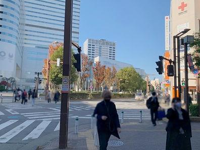 交差点は東京スター銀行方面へ