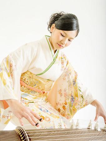 profile_kamiyamai_koto.jpg