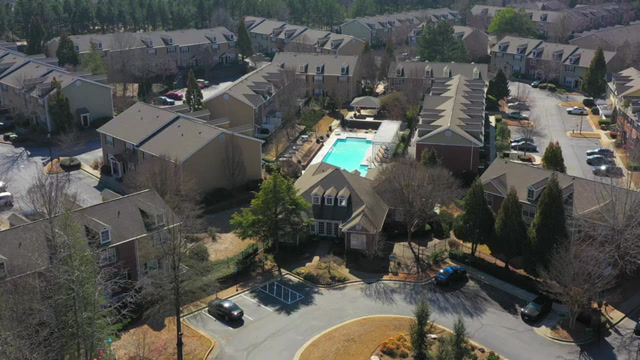 Sundance Creek Apartment Video Tour with Atlanta Business Video