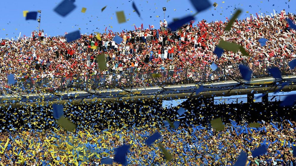 Uno de los mejores eventos futbolísticos en Buenos Aires. Boca vs River en Buenos Aires es el Superclásico esperado por todos! No te pierdas esta gran experiencia en La Bombonera y vive uno de los partidos de fútbol más populares de Buenos Aires.