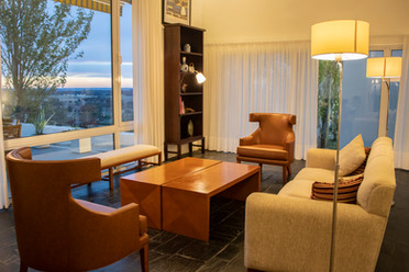 Sala de descanso con gran vista panoramica
