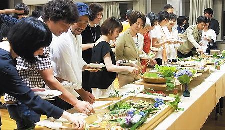 ゆぐちよしゆき 都市森林の収穫祭