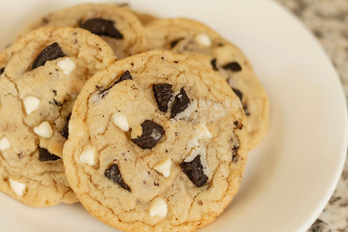 1 dozen White Chocolate Chip Oreo Cookies