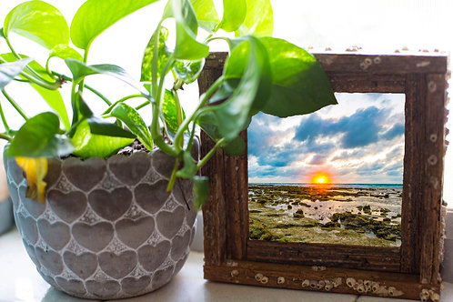 Content island sunset, small frame, Florida keys , Small frame size 6x6