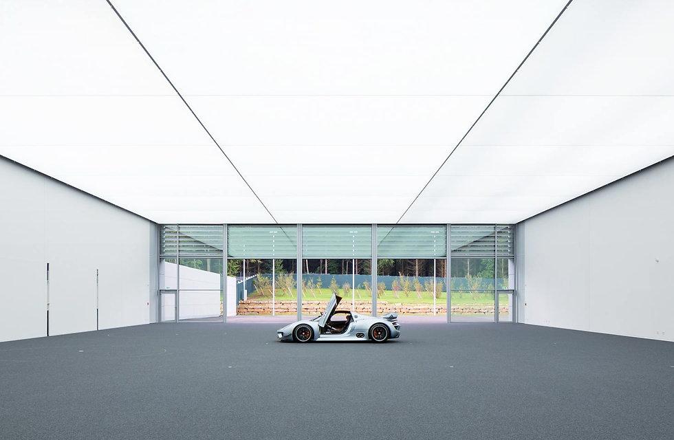 3_3_06_b_Rentex_Lichtdecke_Porsche_Weiss