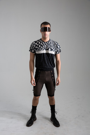 Print blocked tee, with lace up biker shorts