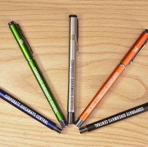 Why Pens Are Simply One of the Best Corporate Giveaways