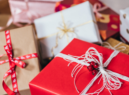 Christmas is Coming: Corporate Giveaway Ideas for your Company