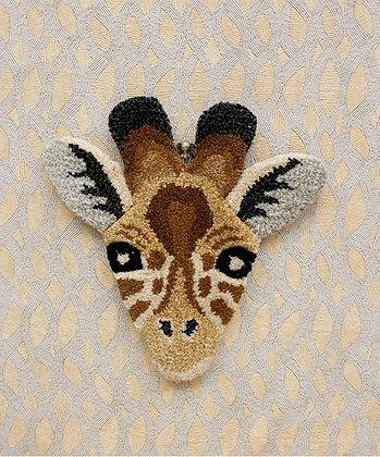 DOING GOODS - Gimpy Giraffe Head Rug