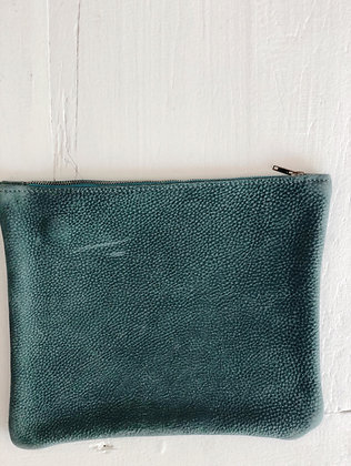 About ILSE - Clutch - green