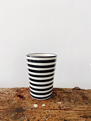 HOUSEHOLD HARDWARE - Mug black & white stripes