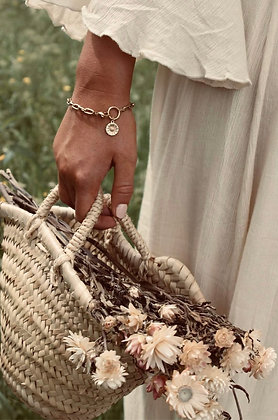 A LA - chain bracelet three daisies