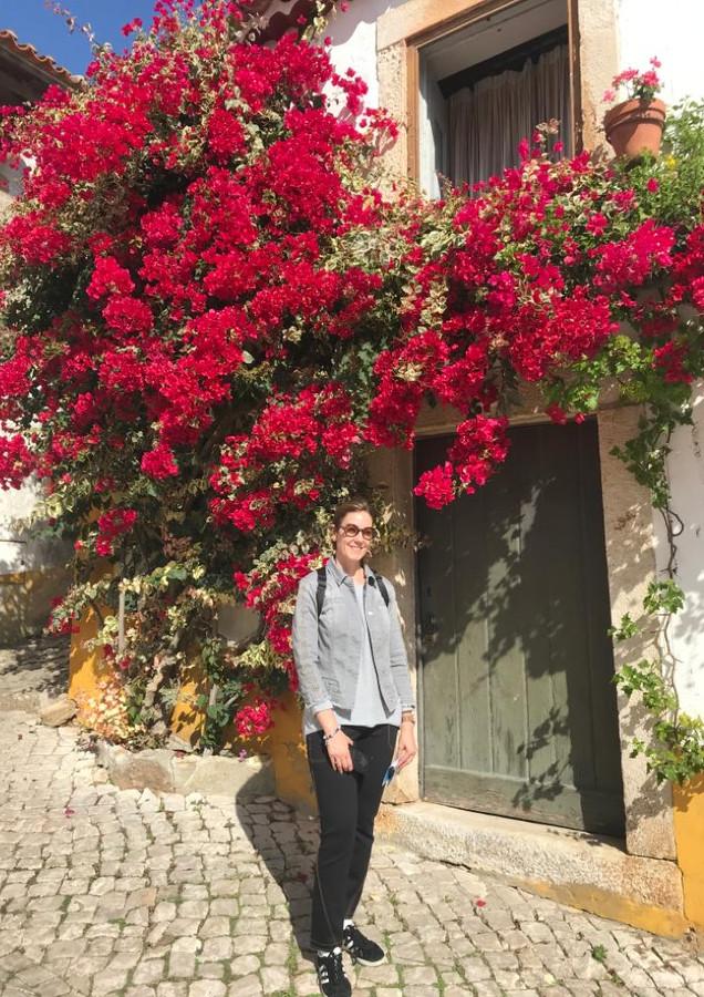 Carla flores vermelhas.jpeg