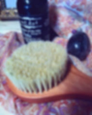 dry brush mssage oil yoni.jpg