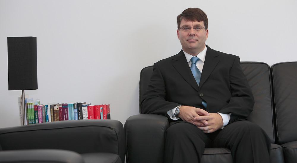 Jonathan Dutton FCIPS