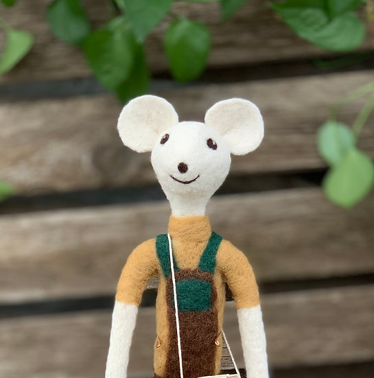 "Needle felted ""lanky baby"" mouse - her name is Millie"