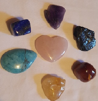 7 Great Crystals Everyone Should Keep Under Their Pillow