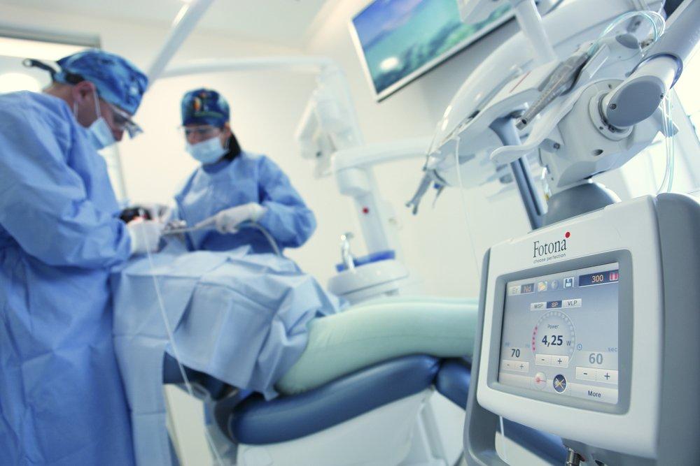 Dental-clinic-Smile-Opatija-surgery
