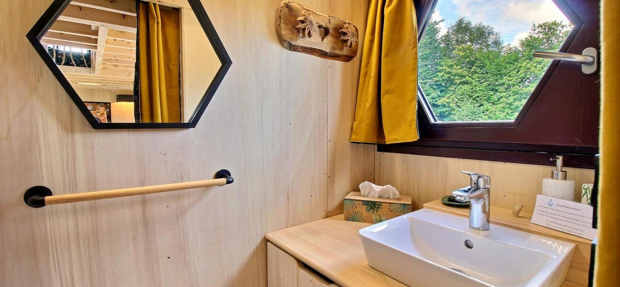 Ty gwenan - salle de bain.jpg