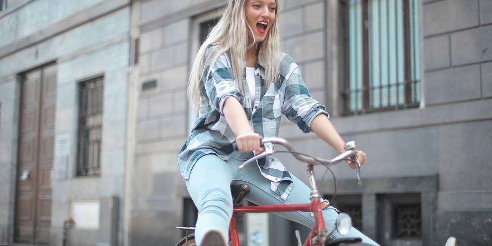 Drôles de vélos sur la Grand Place de Mons