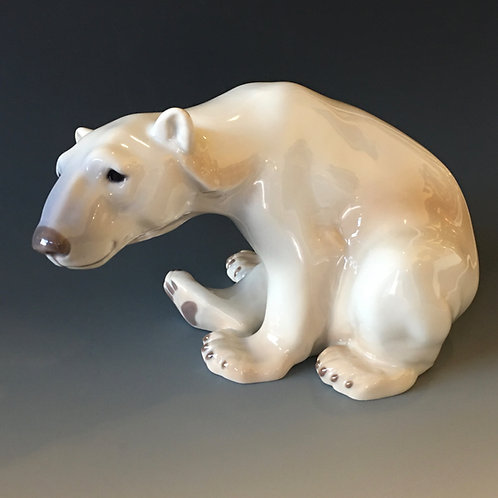 Bing and Grøndahl Denmark Sitting Polar Bear Figure
