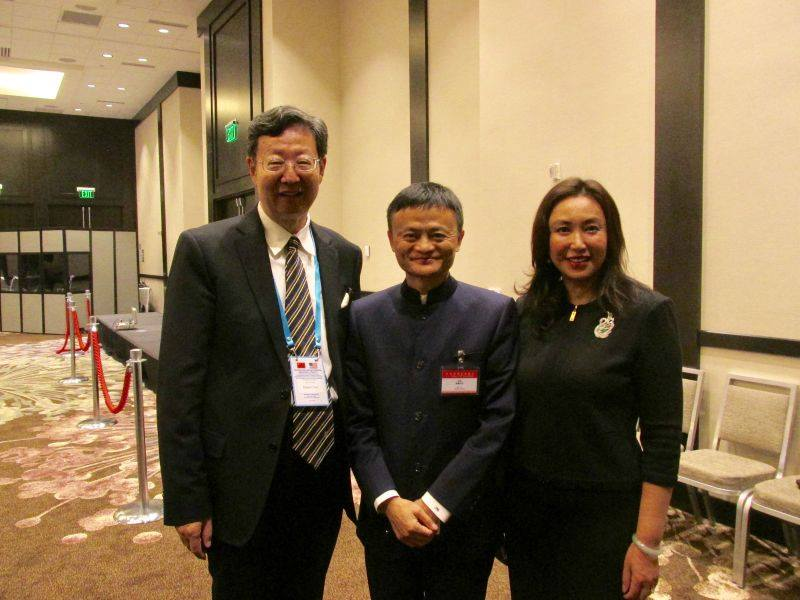 Mr. & Mrs. Robert Sun with Jack Ma