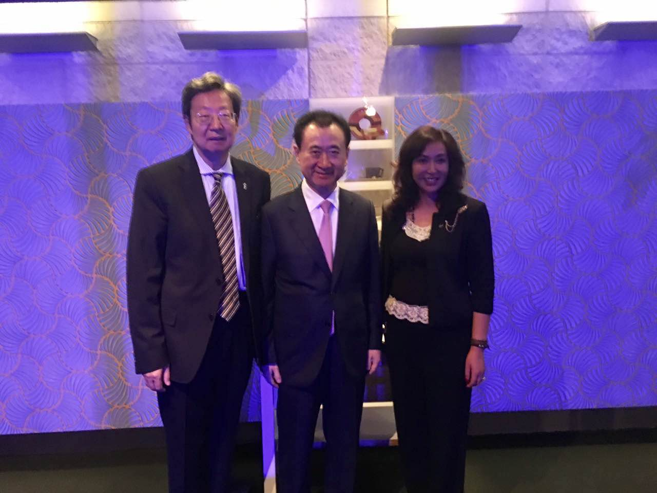 Robert & Lisa Sun with Jianlin Wang