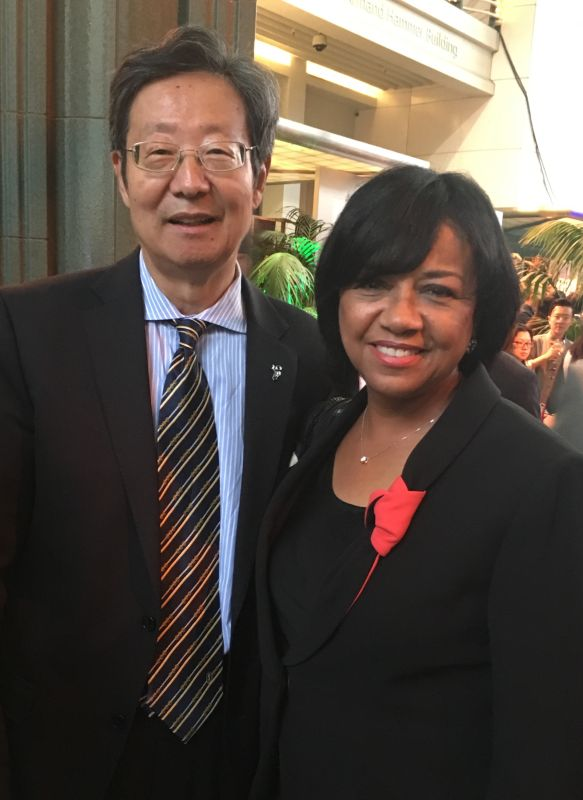Robert Sun with Cheryl Boone Isaacs President of AMPAS