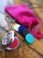 Aromatherapy Necklace, pendant, felts and velvet pouch
