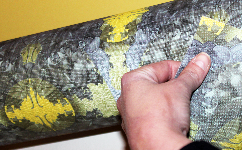 Wallpaper on roll