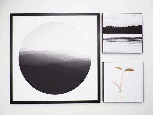 Kunstdruck 32x32cm inkl. schwarzem Aluminium-Bilderrahmen + 2x MDF Bilder 15x15cm.  Set 99€  Artikelnr: 4005 Bestellung per Kontaktformular