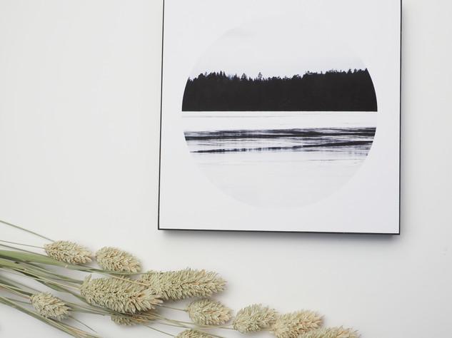Holzbild 15x15cm  Kunstdruck auf schwarz durchfärbtem MDF. Zum hinhängen und hinstellen!  29€  Artikelnr: 2006 Bestellung per Kontaktformular