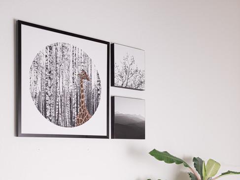 Bildercollage 01  Kunstdruck 32x32cm in Aluminium Rahmen schwarz + kleine Holzbilder, 15x15cm schwarz durchfärbtes Holz