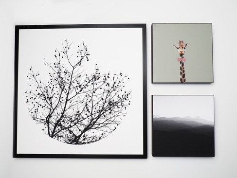 Kunstdruck 32x32cm inkl. schwarzem Aluminium-Bilderrahmen + 2x MDF Bilder 15x15cm.  Set 99€  Artikelnr: 4006 Bestellung per Kontaktformular