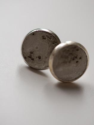 earring-concrete