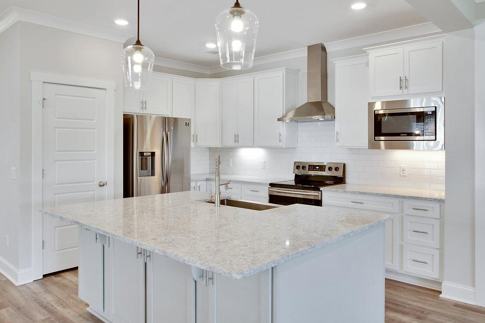 259 kitchen.jpg