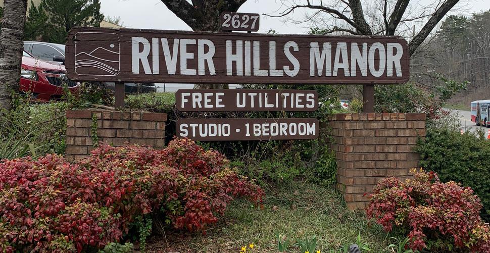 River Hills 3.jpeg