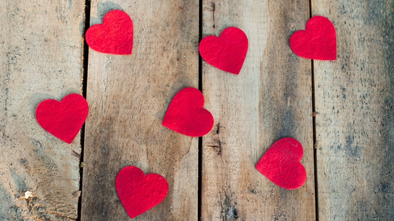 st-valentin-coeur-bois.jpg