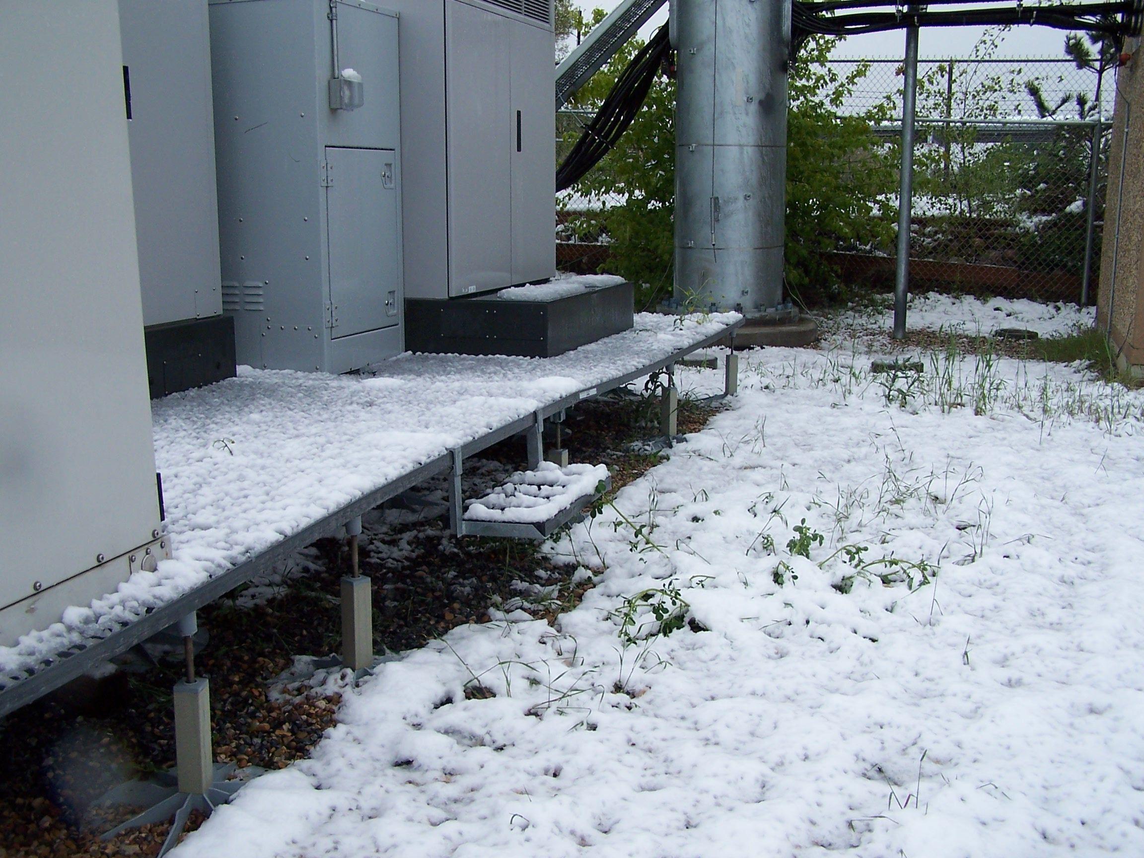 Grating Piso aisla Generadores Nieve