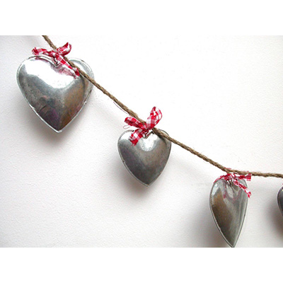 Metal Heart Garland.jpg