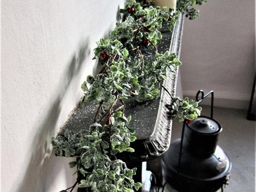 Berry garland