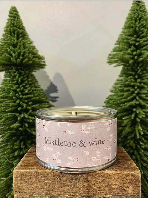 Mistletoe & Wine candle