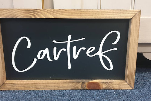 Cartref sign