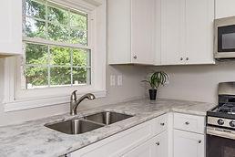 1767 Austin-Kitchen2.jpg